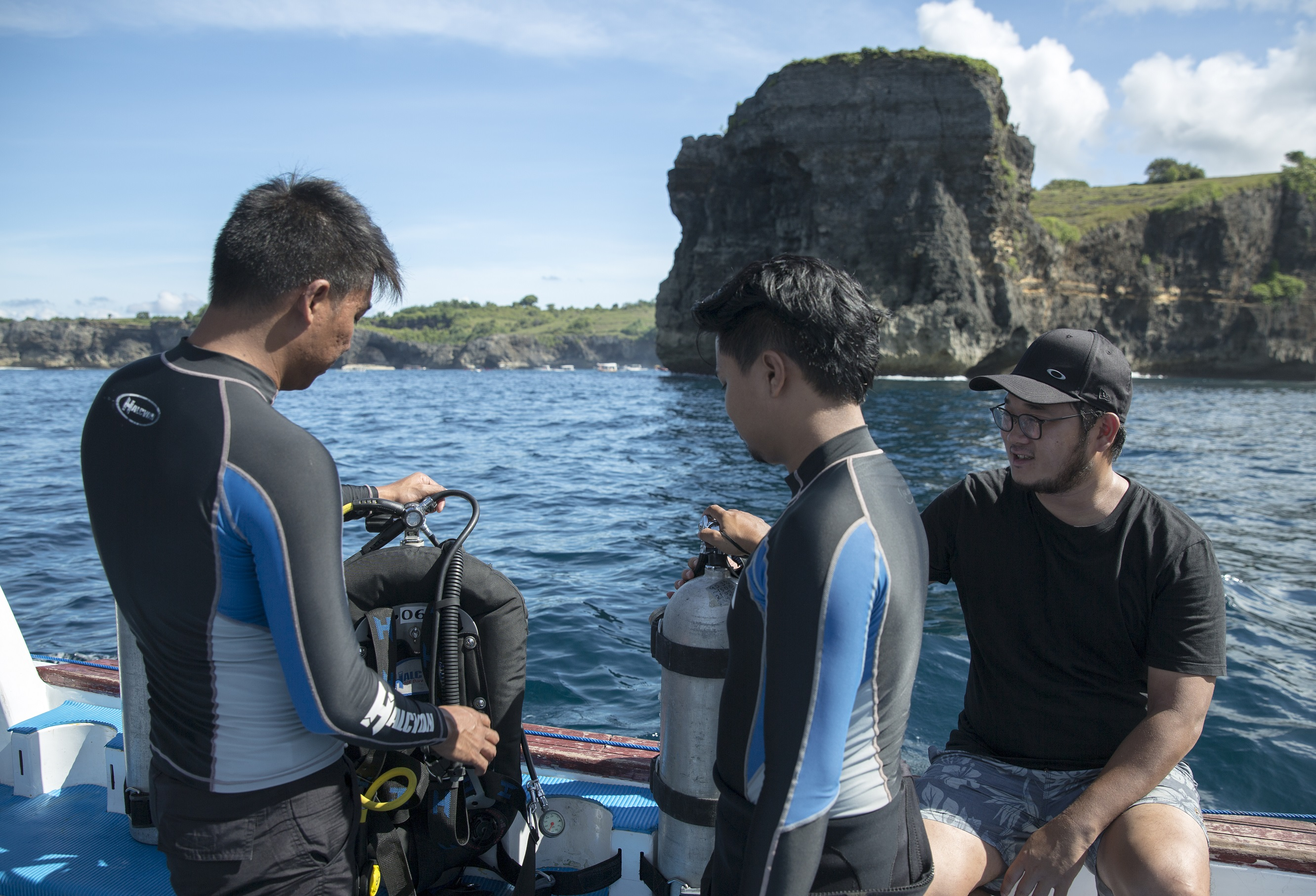Divers preparing for a boat dive